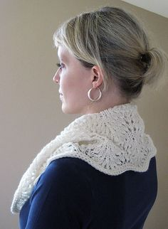 Feather Lace Cowl