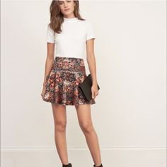 Abercrombie & Fitch Skater Skirt Beautiful Pattern skirt from Abercrombie & Fitch is perfect for spring! Has a size zip and clasp. Brand New with tags! Size: M Abercrombie & Fitch Skirts