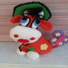 Crochet Dolls, Crochet Baby, Cat Amigurumi, Doll Toys, Baby Toys, Diy And Crafts, Burlap, Dinosaur Stuffed Animal, Crochet Patterns