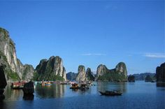 The tourists are sure to get fascinated by the beauty of the country stretched widely from north to south. Vietnam is famous for its mountain ranges, mesmerizing world's famous beaches, markets, great cuisines and whole lot of other varieties which a tourist can find attractive for himself.