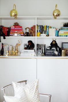 Decor Inspiration: 5 Ways to Style Your Shelves