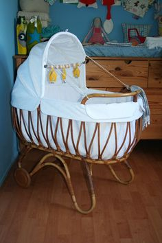 Baby Dolls, Baby Beds, Prams, Mini Me, Baby Sewing, Baby Sleep, Baby Things, Decoration, Bassinet