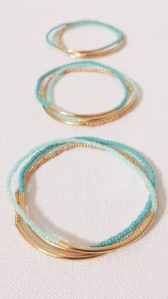Simple and quick to make :: Beachy summer bracelets in 2 shades of mint beads, g. - Simple and quick to make :: Beachy summer bracelets in 2 shades of mint beads, gold beads, gold tub - Wire Jewelry, Jewelry Crafts, Beaded Jewelry, Jewelery, Handmade Jewellery, Gold Jewelry, Jewelry Ideas, Jewellery Box, Handmade Bracelets