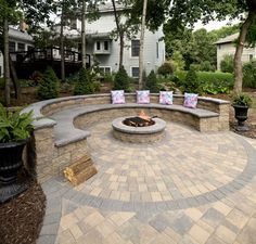 Paver Fire Pit, Fire Pit Backyard, Fire Pit Propane, Fire Pit With Pavers, Stone Fire Pits, Fire Pit Off Patio, Patio Ideas With Fire Pit, Cool Fire Pits, Garden Fire Pit