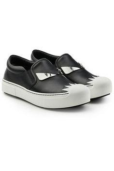 Embellished Leather Slip-On Sneakers - Fendi | WOMEN | DE STYLEBOP.COM