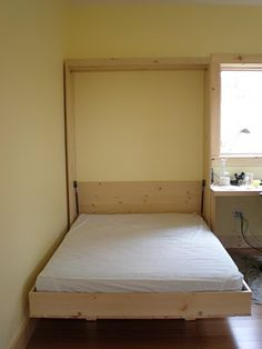 Someday I would very much like to have a Murphy bed.