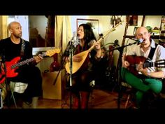 ▶ Tarabband - Baghdad Choby (Live from Nadin's apartment) - YouTube