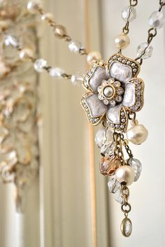 Pearls - Pearl - Pearl necklace - mixed pearl and bead necklace design - beautiful!