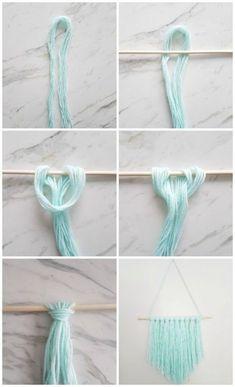 How to make a simple DIY wall hanging with yarn - A Q .- Wie erstelle ich eine einfache DIY Wandbehang mit Garn – A Quick & Easy DIY – How to make a simple DIY wall hanging with yarn – a quick & easy DIY – - Pot Mason Diy, Mason Jar Crafts, Mur Diy, Diy Simple, Simple Crafts, Quick And Easy Crafts, Easy Diy Gifts, Modern Crafts, Yarn Wall Hanging