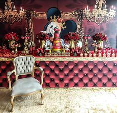 A Ratinha mais amada do mundo Minnie vermelha Super luxo 👑 Nossa papelaria e doces personalizados ❤️… Flamingo, Crown, Instagram, Personalised Sweets, 5 Years, Minnie Mouse Party, Christening, Xmas, Flamingo Bird