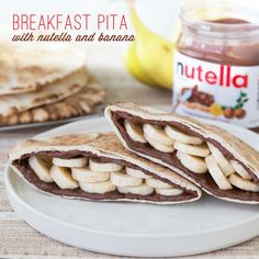 Banana and Nutella Breakfast Pita Breakfast Recipes, Snack Recipes, Cooking Recipes, Nutella Recipes, Snacks, I Love Food, Kids Meals, The Best, Food To Make