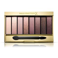 Max Factor Masterpiece Nude Palette, tüm güzel yönlerinizi ortaya çıkartan çok yönlü bir göz şekillendirici palettir. En muhteşem sade göz makyajını yaratmanız için birbirleriyle mükemmel uyumlu sekiz ton içerir. Açık tonlardan derin tonlara uzanan göz farları, gözlerinizi sonsuz kombinasyonlarla şekillendirmenizi sağlar- günlük sade bir görünüşten hafif dumanlı göz makyajına.