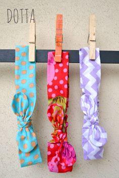 Elastic bowtie headband tutorial by dottasews.blogspot.com
