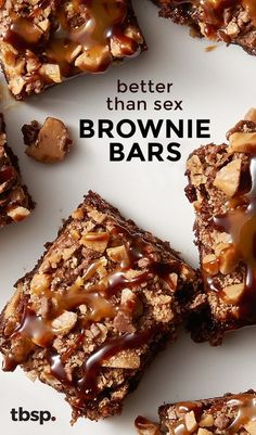 Better Than Sex Brownie Bars We knew our Better Than Sex Cake was indeed, better than sex. But are these Better Than Sex Brownie Bars better than our Better Than Sex Cake? There's only one way to find out! Brownie Desserts, Brownie Cake, Brownie Recipes, Just Desserts, Delicious Desserts, Dessert Recipes, Yummy Food, Bar Recipes, Eat Dessert First