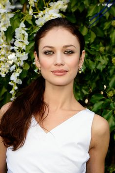 Olga Kurylenko Photos - Olga Kurylenko arrives at the Christian Dior show as part of the Paris Fashion Week Womenswear Spring/Summer 2014 at Musee Rodin on September 2013 in Paris, France. - PFW: Front Row at Christian Dior Most Beautiful Women, Beautiful People, Christian Dior, Saab, Bond Girls, Actrices Hollywood, French Actress, Jessica Chastain, Blake Lively
