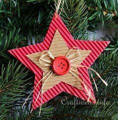 Corrugated Cardboard Christmas Star Ornament 3 More Cardboard Christmas Tree, Christmas Paper, Christmas Crafts For Kids, Homemade Christmas, Christmas Projects, Holiday Crafts, Christmas Holidays, Christmas Cards, Holiday Decor