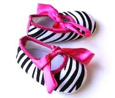 ZEbra hot pink baby crib shoes..I should have never started looking at girl stuff! Can you say baby GIRL fever!