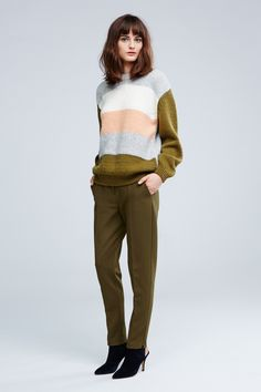 Army green trending again, Nanushka Autumn Winter Fashion, Fall Winter, Fall 14, Military Trends, Olive Green Pants, Color Negra, Spring, Beautiful Outfits, Street Wear