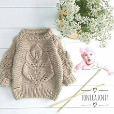 Image may contain: 1 person Knitting For Kids, Baby Knitting Patterns, Hand Knitting, Knitted Baby Clothes, Trendy Baby Clothes, Toddler Fashion, Kids Fashion, Baby Accessoires, Baby Sweaters
