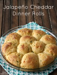 Jalapeno Cheddar Dinner Rolls on MyRecipeMagic.com. These are cheesy delicious!