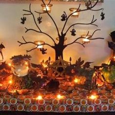 A Kitchen Witch's Samhain: Ancestor altars, divination and dumb suppers