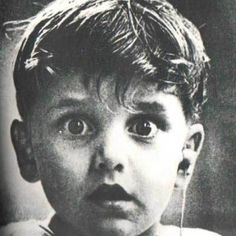 12. Harold Whittles hears for the first time ever after a doctor places an earpiece in his left ear.This photo was taken by photographer Jack Bradley, and depicts the exact moment when this boy,hears for the very first time ever.