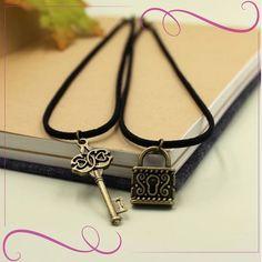 Romantic Lovers Gifts 2 PCs Retro Key Lock Pendant Necklace.  #jewelrymaking #jewelrygram #jewels #jewelsjewelry #jewejewellery #jewe #gemjewelry Girls Necklaces, Matching Necklaces, Gems Jewelry, Couple Gifts, Gift For Lover, Best Gifts, Romantic, Pendant Necklace, Jewels
