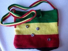 """Sacs """" Bob Marley""""  fait de brides liées au crochet par Chantal Laroche février 2014 100% acrylique"""