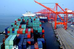 Services Solution in Canada With a dedicated team for we constantly monitor and analyze our to ensure the highest service standards while shipping cargo via container vessels. Container Transport, Le Terminal, Event Logistics, Used Shipping Containers, Freight Forwarder, Air Charter, Merchant Marine, Packers And Movers, Xiamen
