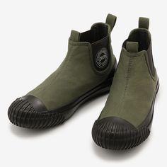 コンバースより撥水サイドゴアスニーカーが発売。脱ぎ履きラクラクでキャンプ泊にも◎! | アウトドアファッションのGO OUT WEB Casual Sneakers, Sneakers Fashion, Fashion Shoes, Mens Fashion, Sock Shoes, Shoe Boots, Shoe Bag, Mens Work Shoes, Cinderella Slipper