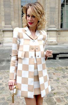 Mariana Ximenes: a musa da primeira fila do desfile da Vuitton, em Paris