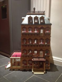 Extended playmobil mansion 5300