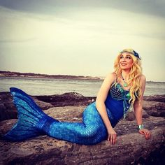 It is officially the first day of spring and we are dreaming of warm weather! What is on your mermaid bucket list this summer?  @laylamarieprincess.