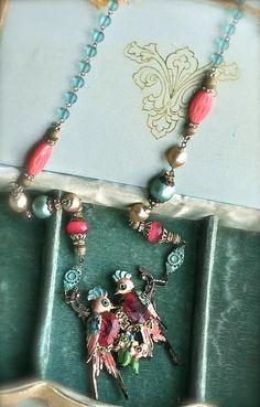Liebe Vögel-Halskette Upcycled Vintage Victorian von sweetruin