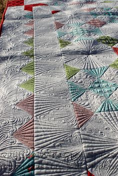 Green Fairy Quilts - Judi Madsen Crossroads - upclose and personal. Great border treatment!