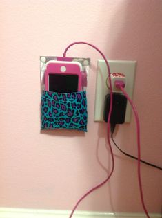 I hate when my phine is on the floor until i saw this cute diy it is nice to have- Claudia Prunotto