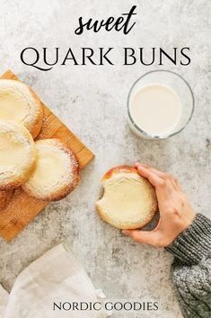 sweet quark buns Pulla Recipe, Salmon Soup, Finnish Recipes, Baking Buns, Sweet Buns, Big Bun, Bun Recipe, Bread Bun, Dry Yeast
