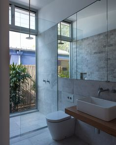 Architecture Blueys Beach 4 Bourne Blue Bathroom