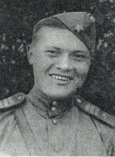 Герой Советского Союза Михаил Фёдорович Борисов.   В бою под Прохоровкой подбил 7 танков.