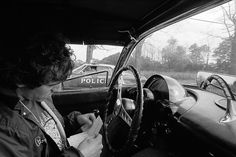 Bruce Springsteen getting a speeding ticket from the Holmdel Police. photo by Eric Meola Doctor Who Craft, The Boss Bruce, Bruce Springsteen The Boss, Speeding Tickets, David Tennant Doctor Who, E Street Band, Doctor Who Quotes, Born To Run, Hello Sweetie