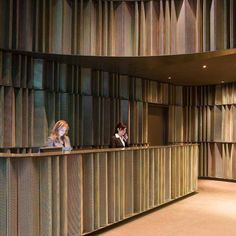 Sana Hotel Berlin by Marset Hotel Reception Desk, Lobby Reception, Reception Counter, Reception Design, Reception Areas, Design Hotel, Lobby Design, Interior Design Studio, Restaurant Bar