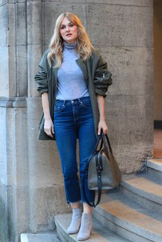 Nowshine. Oversized Bomberjacket by H & M Trend, Cropped Jeans by Rag and Bone
