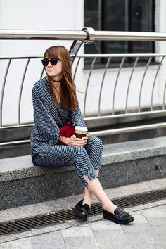 Mannequin Parade: Popular Indie Block Cut Pattern Round Womens Sunglasses 9157