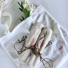 1 Tote and 2 Teatowels Authors, Trendy Fashion, Advertising, Geek Stuff, Mom, Lifestyle, Cooking, Board, Free