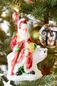 Charming Santa piece from our Mistletoe & Holly Ornament Set