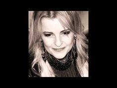 Iveta Bartošová - Buď chvála řádkům - YouTube Bud, Chain, Youtube, Jewelry, Fashion, Pictures, Moda, Jewlery, Jewerly