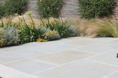 Pennant Sandstone has a timeless, classic appeal with a luxurious blend of buff and grey tones.