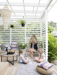 The pergola kits are the easiest and quickest way to build a garden pergola. There are lots of do it yourself pergola kits available to you so that anyone could easily put them together to construct a new structure at their backyard. Backyard Patio Designs, Backyard Pergola, Pergola Designs, Backyard Landscaping, Pergola Roof, Landscaping Ideas, Backyard Ideas, Backyard Beach, Diy Patio