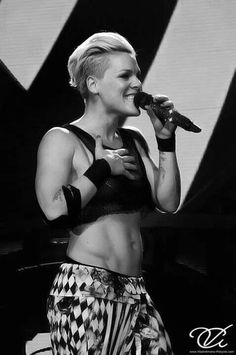 To have abs like...P!nk Abs