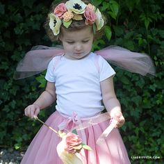 Make a DIY fairy princess costume with hardly any sewing involved! What better way to dress your little princess this Halloween? By Lia Griffith. Diy Princess Costume, Princess Crafts, Prince Costume, Baby Fairy Costume, Rose Costume, Mermaid Costumes, Diy Costumes, Halloween Costumes, Teen Costumes